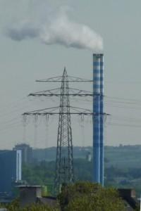 Mast und Kamin am Heizkraftwerk Mainz - Foto © Dieter Fichtner_Agentur Zukunft